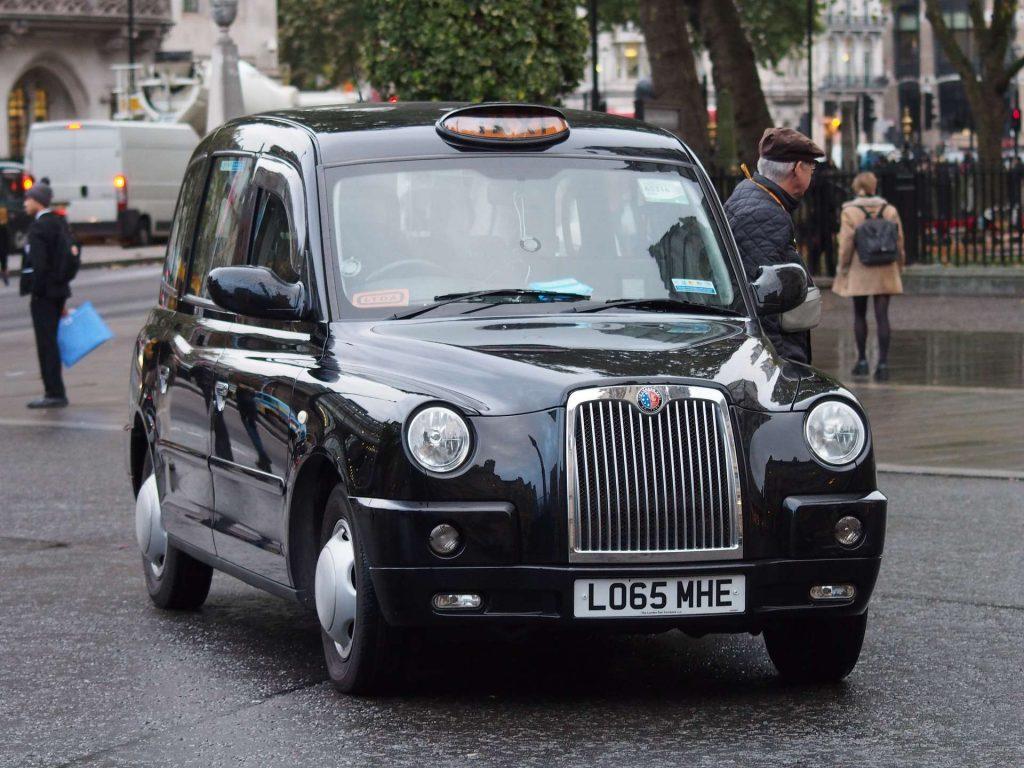 Tradycyjne londyńskie Taksówki